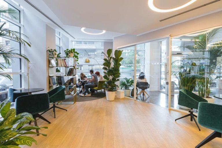 Jak sprawnie wynajmować biura?